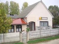 Szigetszentmárton Duna parton eladó étterem 120 m2-es étterem teljes berendezéssel ingatlan hirdetéshez feltöltött kép
