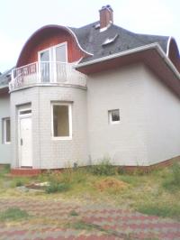 Szigetszentmiklós- Lakihegyen eladó sorház 167,33m2-es + kert, gyönyörû ingatlan hirdetéshez feltöltött kép