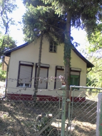 Balatonaliga eladó 2szoba étkezõs 70m2 tégla épitésû nyaraló 1100m2 telek ingatlan hirdetéshez feltöltött kép