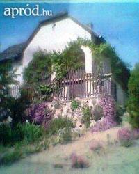 Tamási eladó üdülõ nyaraló Tuskósban 45m2 hétvégi 1szobás tégla ház ingatlan hirdetéshez feltöltött kép