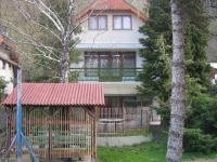 Balatonfûzfõ eladó nyaraló 160m2 5+1 szoba parkosított telek forrás ingatlan hirdetéshez feltöltött kép