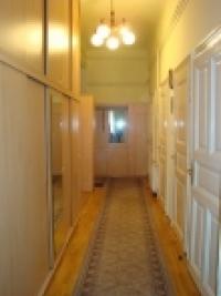 Budapest VII. ker. eladó társasházi lakás 93m2 3 szoba felújított utca ingatlan hirdetéshez feltöltött kép