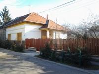 Budapest XV. kerület eladó családi ház 100m2 3+1 szoba csendes jó állapot ingatlan hirdetéshez feltöltött kép