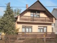 Kemecse eladó családi ház 160m2 4 szobás szintes tetõteres alápincézett ingatlan hirdetéshez feltöltött kép