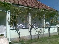 Mátraderencske eladó családi ház 60m2 2 szoba felújítandó tornácos ház ingatlan hirdetéshez feltöltött kép
